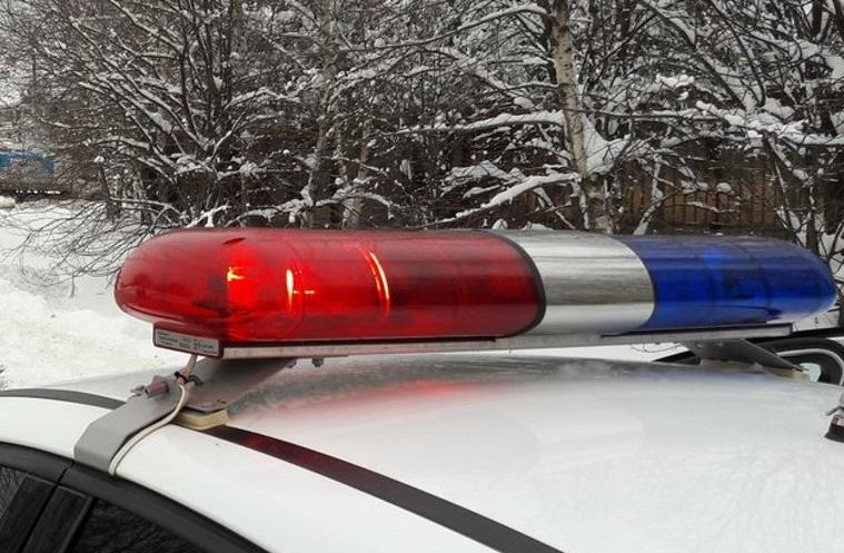 Два человека пострадали в столкновении машины с отбойником в Тверской области