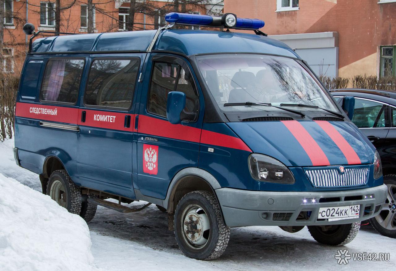 В обгоревшем автомобиле на дороге в Тверской области нашли труп
