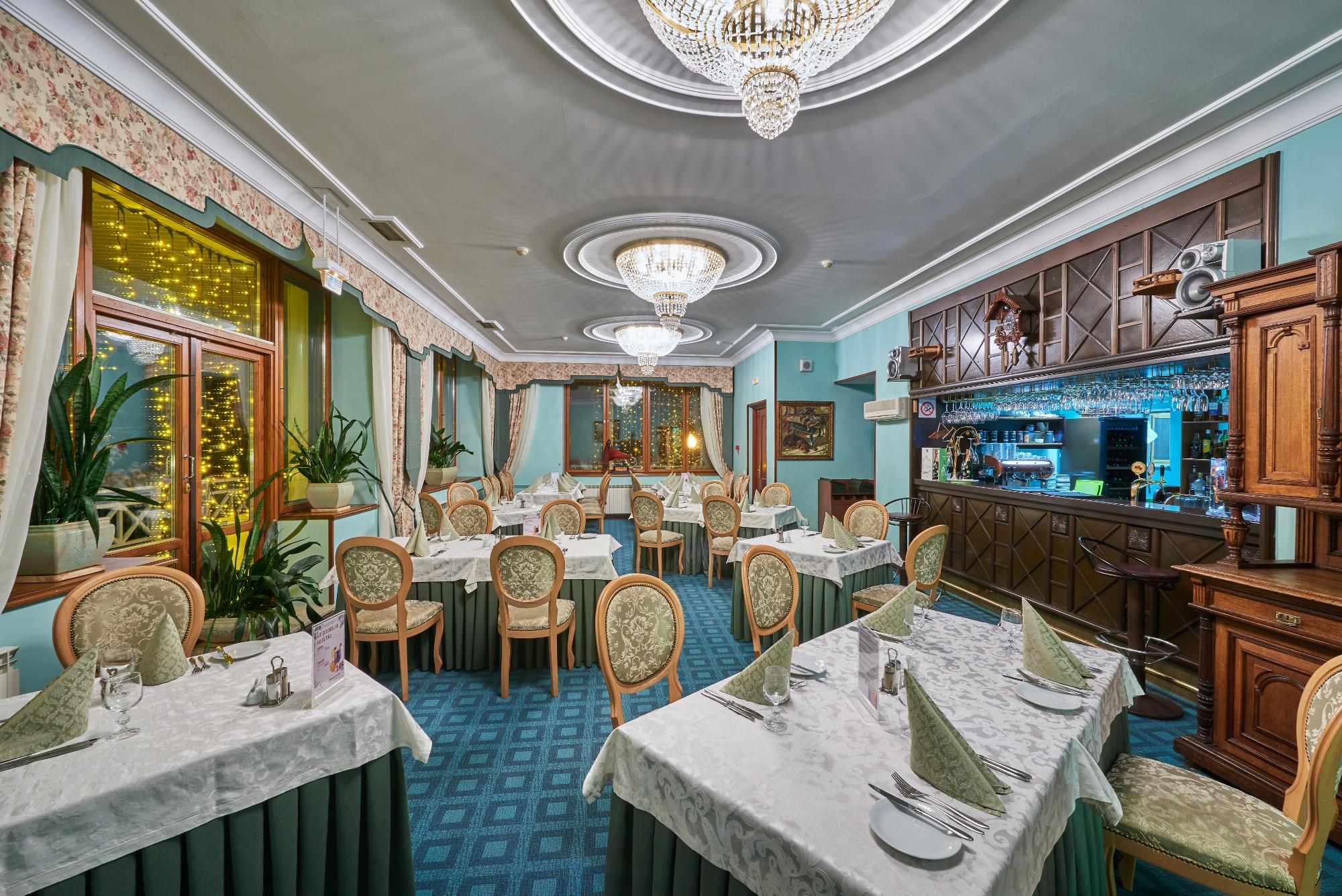 "ТОП-5 желаний в ""Завидово"": обед в ресторане с охотничьим музеем"