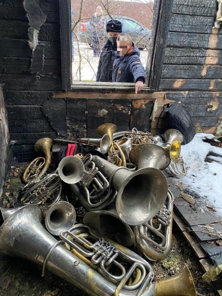 Появилось видео-признание жителя Тверской области, укравшего музыкальных инструментов на полмиллиона