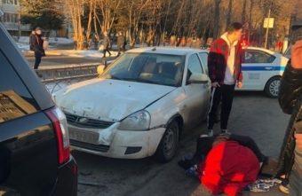 В Твери сбили мужчину, который невовремя вышел из машины