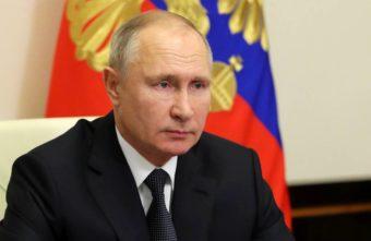 Владимир Путин рекомендовал регионам сделать 31 декабря выходным днем
