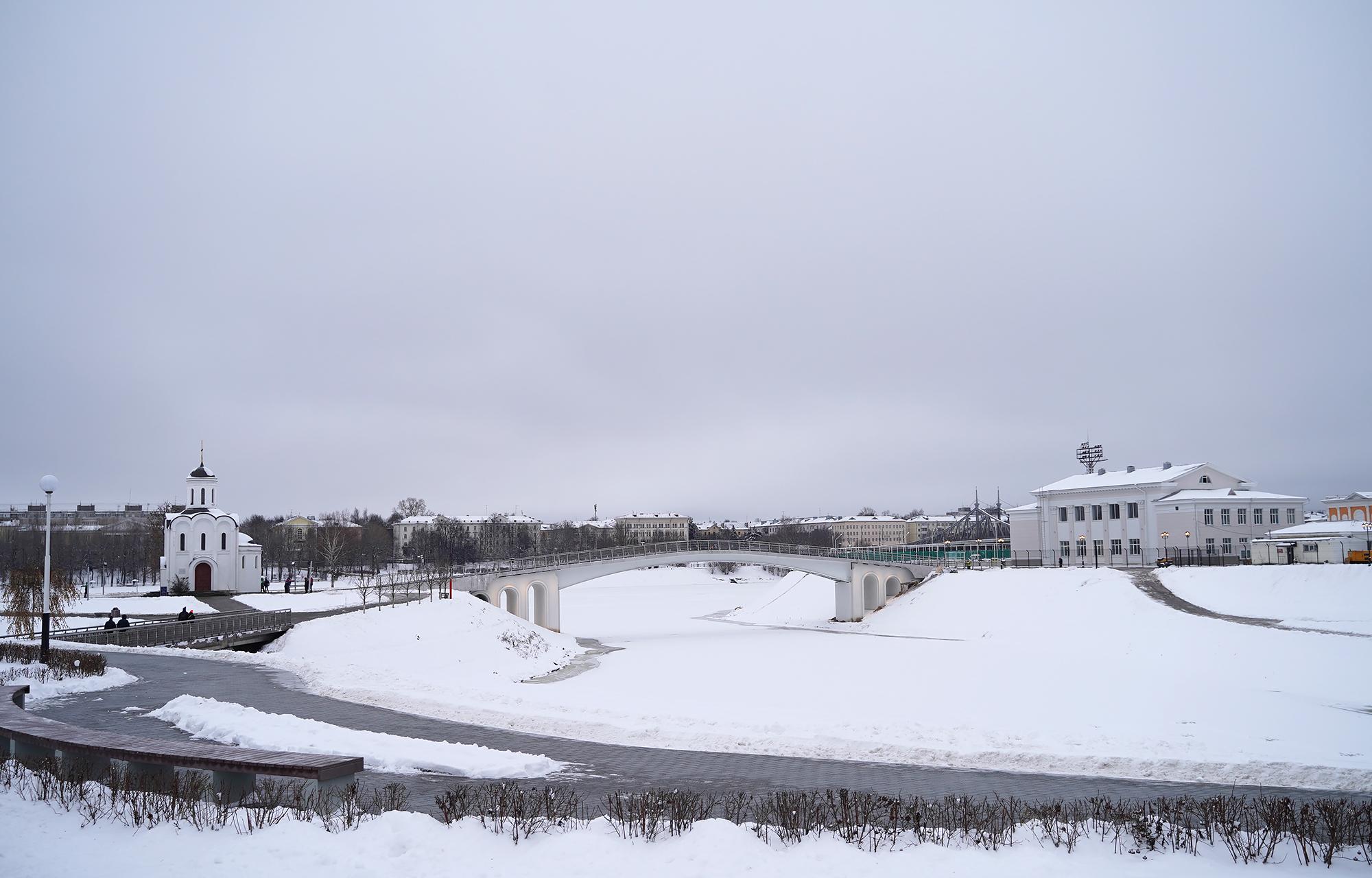 Губернатор приехал посмотреть на новый мост через Тьмаку