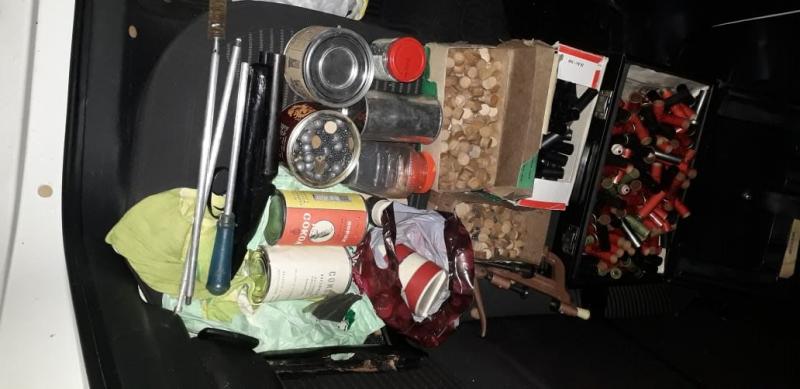 Опубликовано видео задержания торговцев оружием в Твери