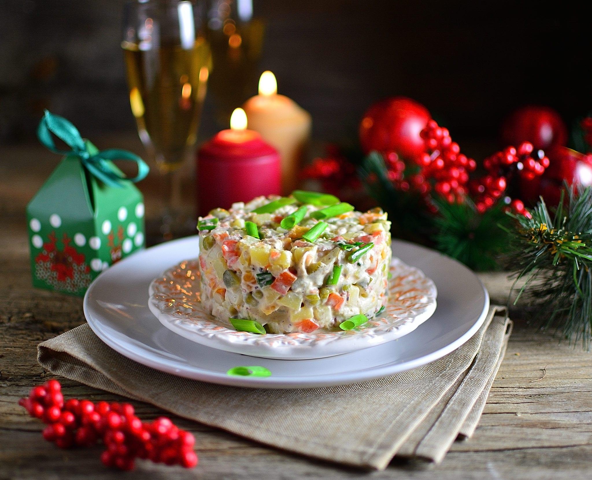 Топ самых вредных новогодних блюд, которые тверитянам лучше не есть