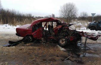 На трассе в Тверской области погибли водитель и пассажир «ВАЗа»