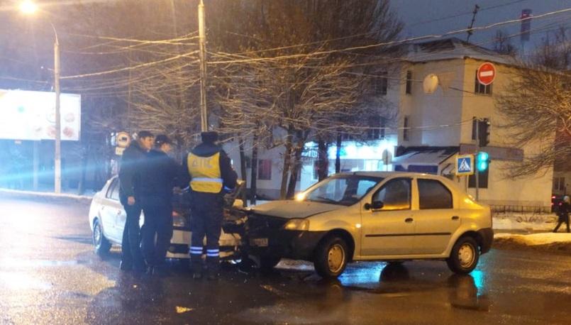 11-летний мальчик пострадал в аварии на перекрёстке в Твери