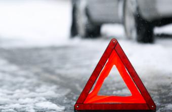 В Тверской области водителя занесло и он врезался в иномарку