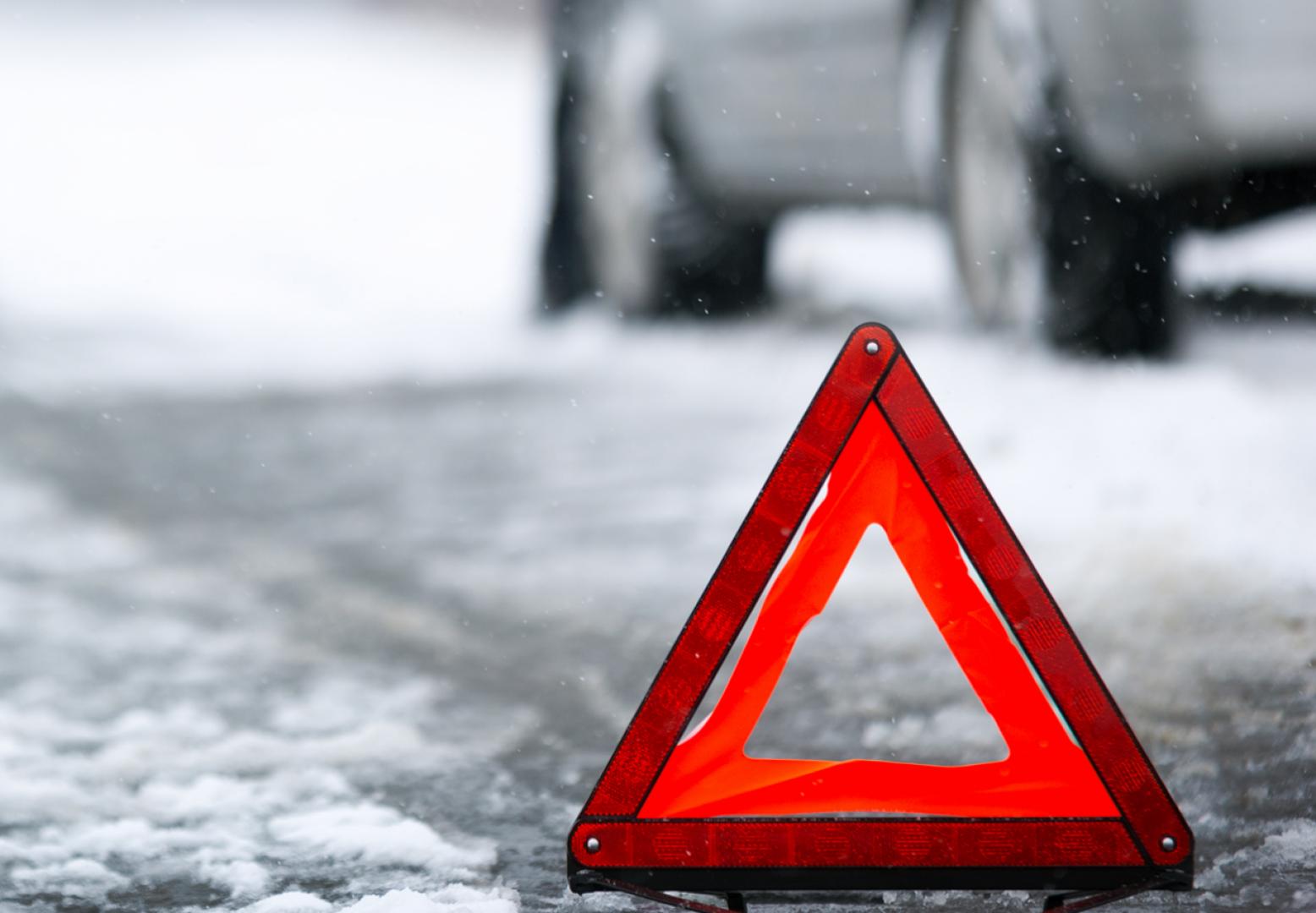 В Твери 20-летний водитель врезался в иномарку