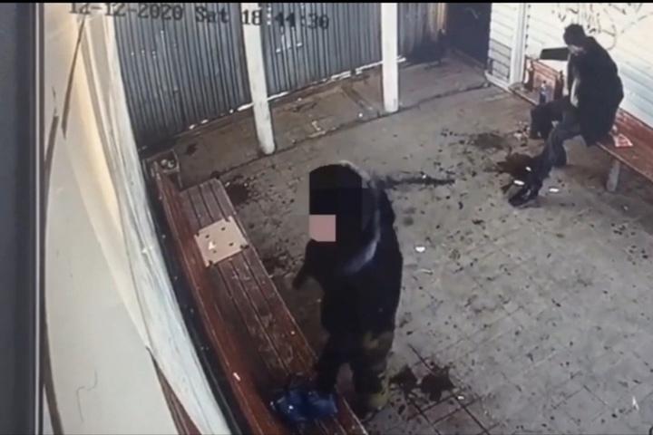 В Тверской области мужчина прихватил на остановке чужую сумку
