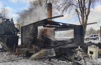 Обгоревшее тело мужчины нашли после пожара в Тверской области