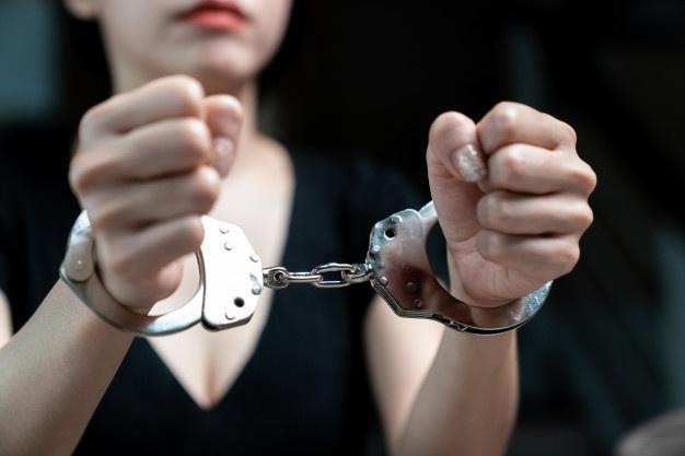 Женщина, убившая собутыльника в монастыре Тверской области, может получить 15 лет