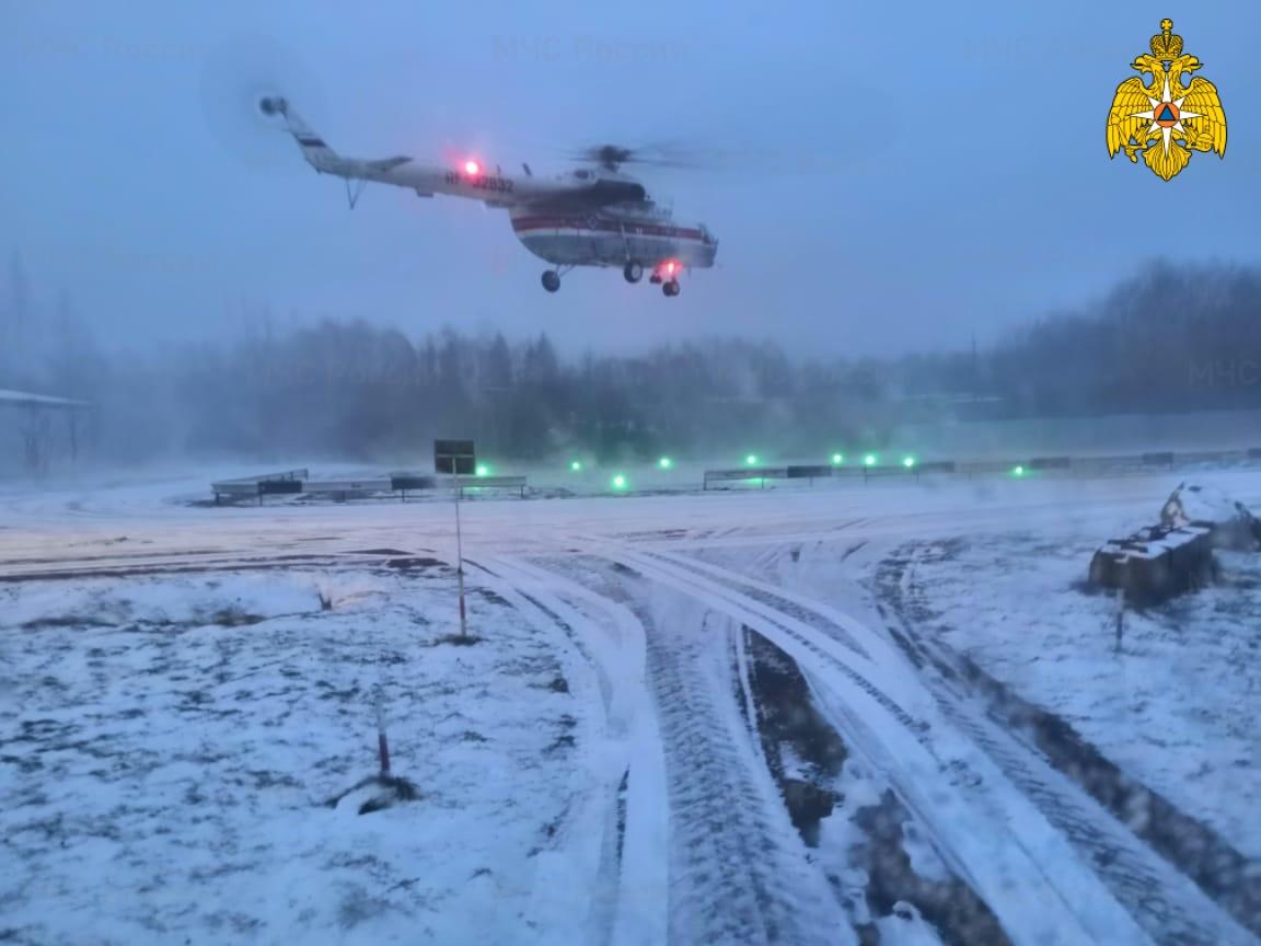 Жителя Тверской области спасли прилетевшие на вертолёте медики
