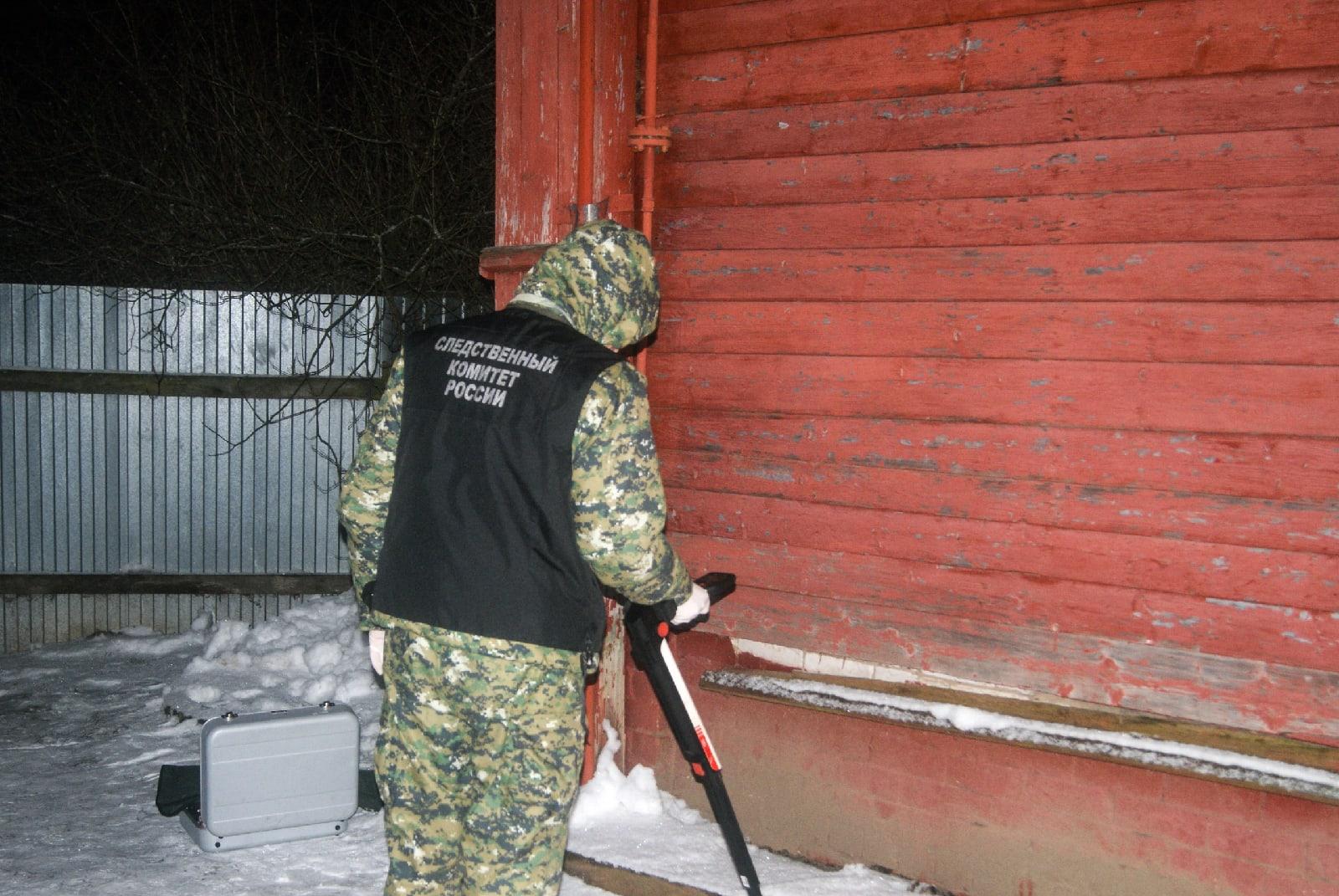 Появились подробности и фото с места двойного убийства в Тверской области