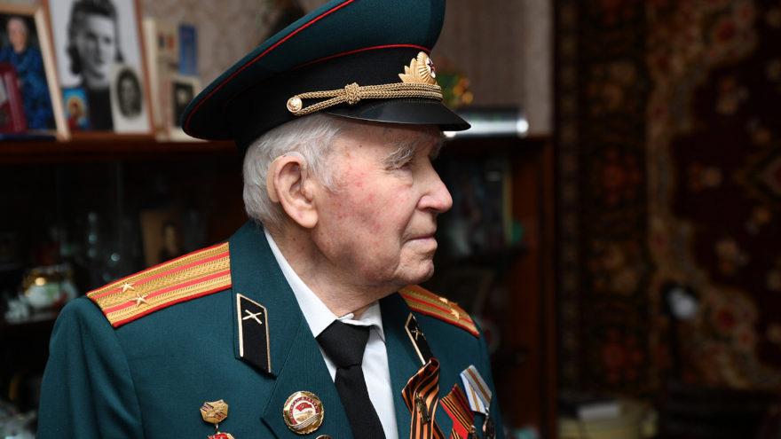 В Тверской области отмечает юбилей фронтовик Иван Овинников