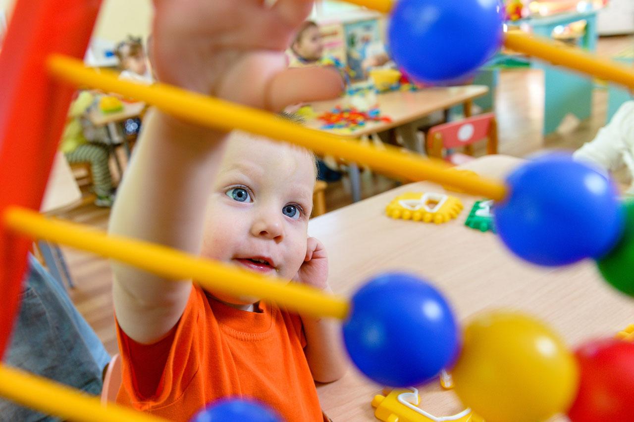 В Тверской области увеличили ежемесячную выплату на первого ребенка