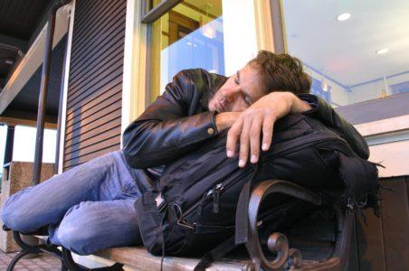 Пока он спал: приезжий из Ингушетии ограбил жителя Тверской области