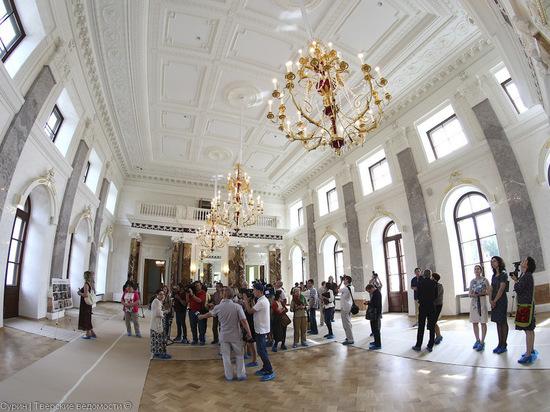 Тверской императорский дворец открыт для посетителей в новогодние праздники