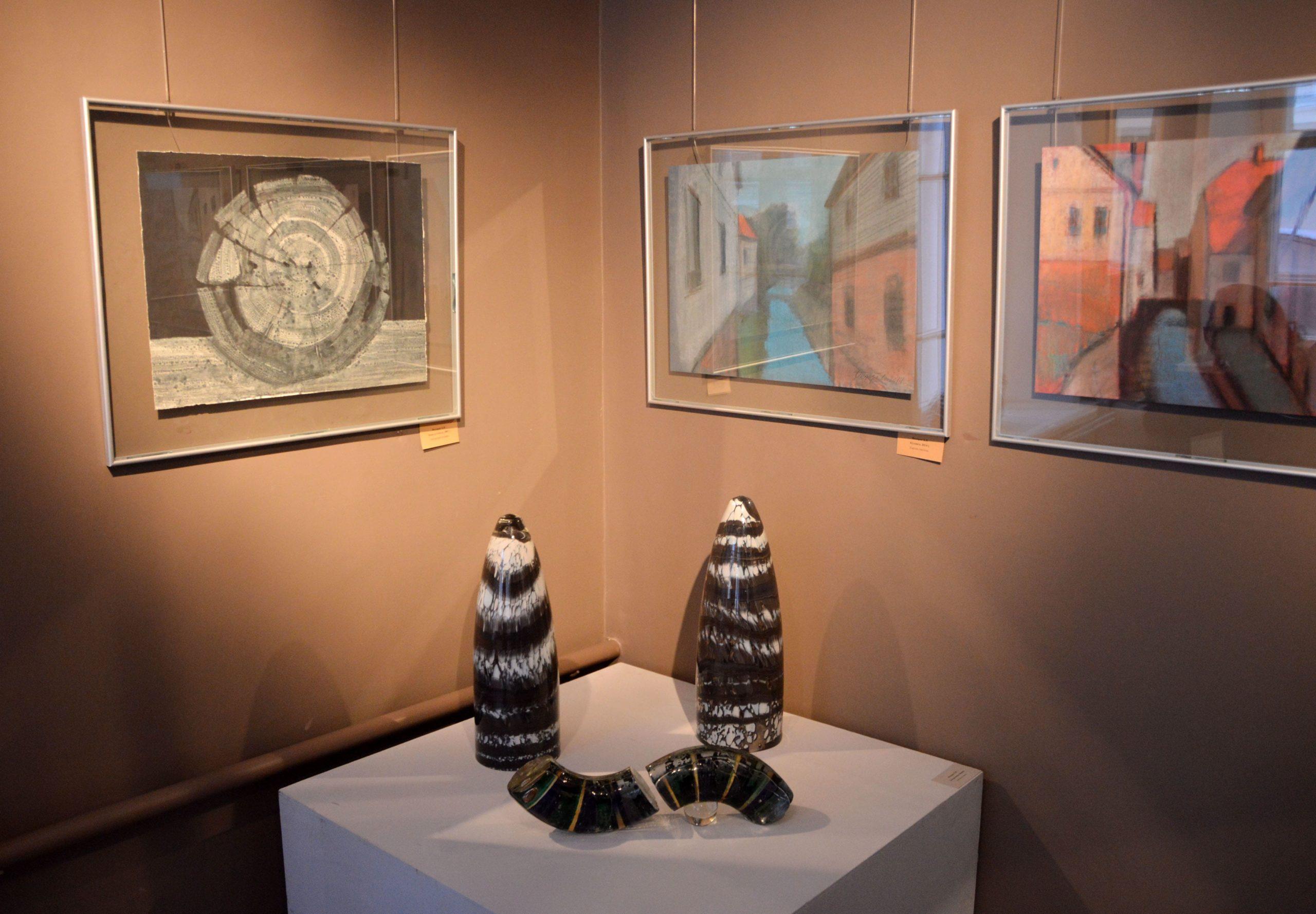 «Грани таланта»: в Твери открылась выставка известного художника Бориса Федорова