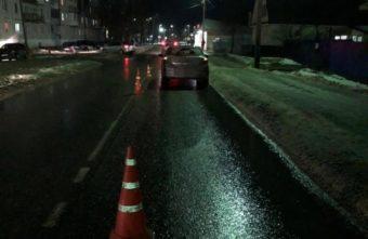 В Тверской области пешеход споткнулся, упал и попал под машину