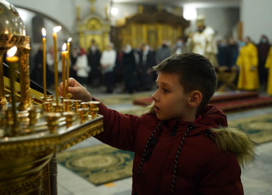 Рождественское богослужение в Воскресенском кафедральном соборе Твери: большой фоторепортаж