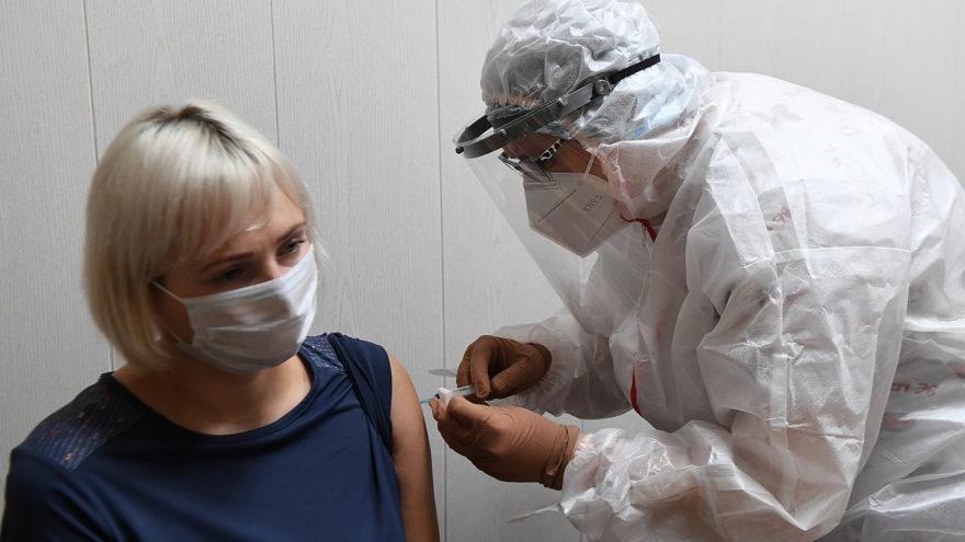 Массовую вакцинацию от коронавируса начали в Тверской области