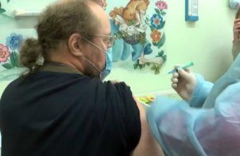 Священник из Тверской области рассказал, как привился от коронавируса