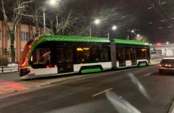 Тверской трамвай испытывают по ночам на улицах Калининграда