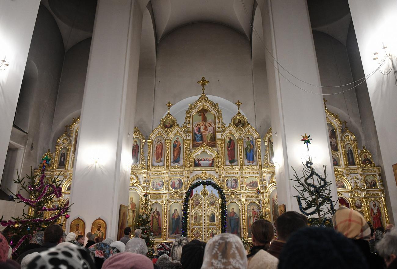Пожилым жителям Тверской области не советуют ходить в храмы на Рождество