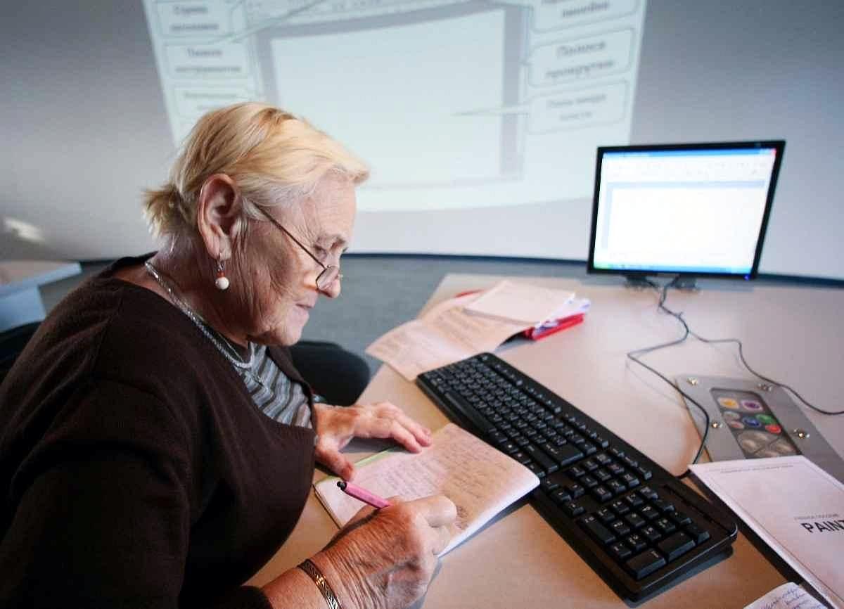 """Тверским работающим пенсионерам хотят """"разморозить"""" индексацию пенсий"""
