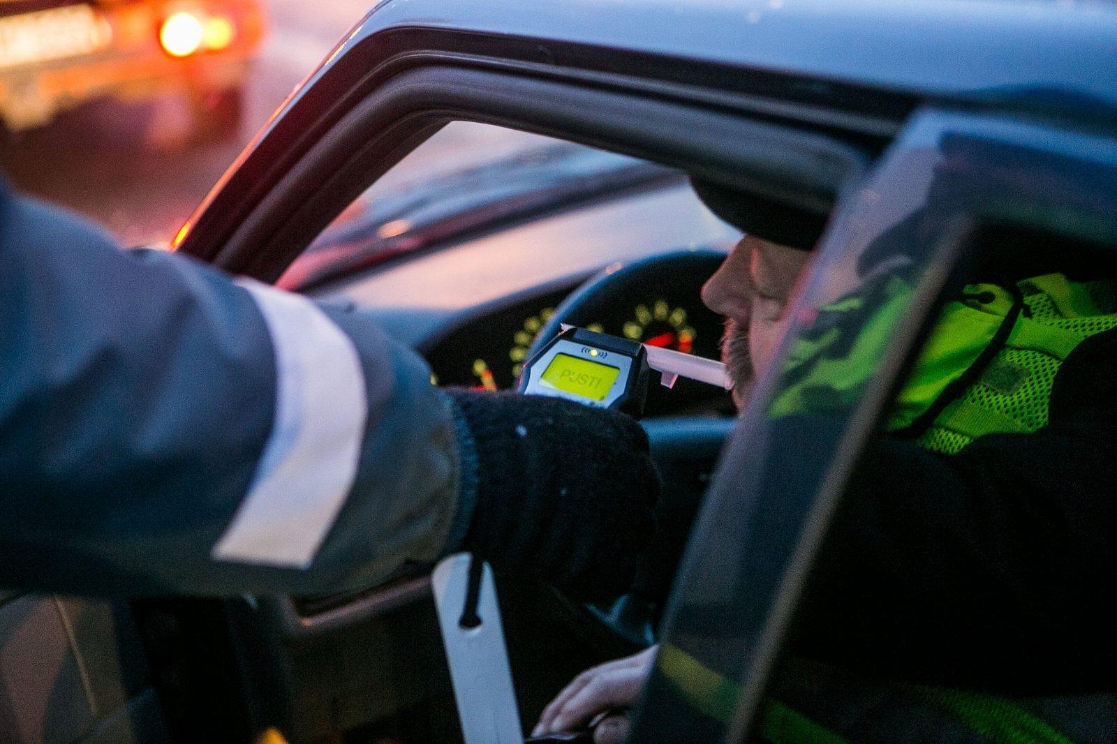 Выяснилось, сколько тверских водителей сели пьяными за руль 1 января