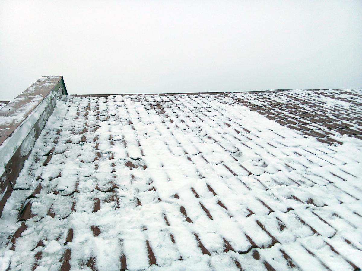 В Тверской области ребенок пострадал из-за УК, не чистящей снег с 6 домов