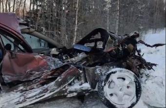 Водитель погиб, врезавшись в рейсовый автобус в Тверской области