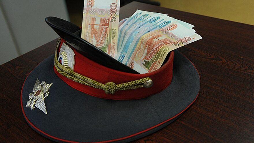 """""""Полицейский"""" обманом выманил у жительницы Твери 2 миллиона рублей"""