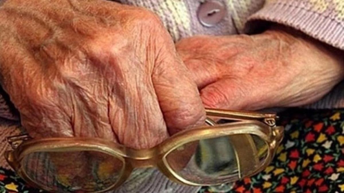 В Твери бабушке рассказали о льготах и украли 150 тысяч рублей