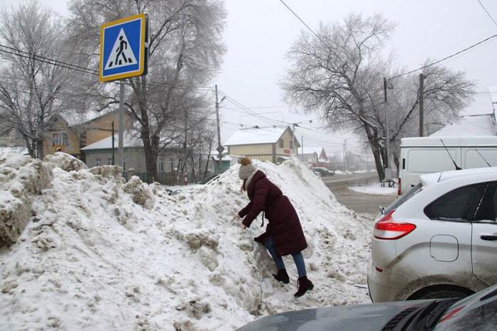 В Тверской области накажут коммунальщиков, которые не чистят пешеходные переходы