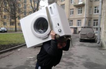 Вор из Тверской области украл стиральную машину, чтобы ее выбросить