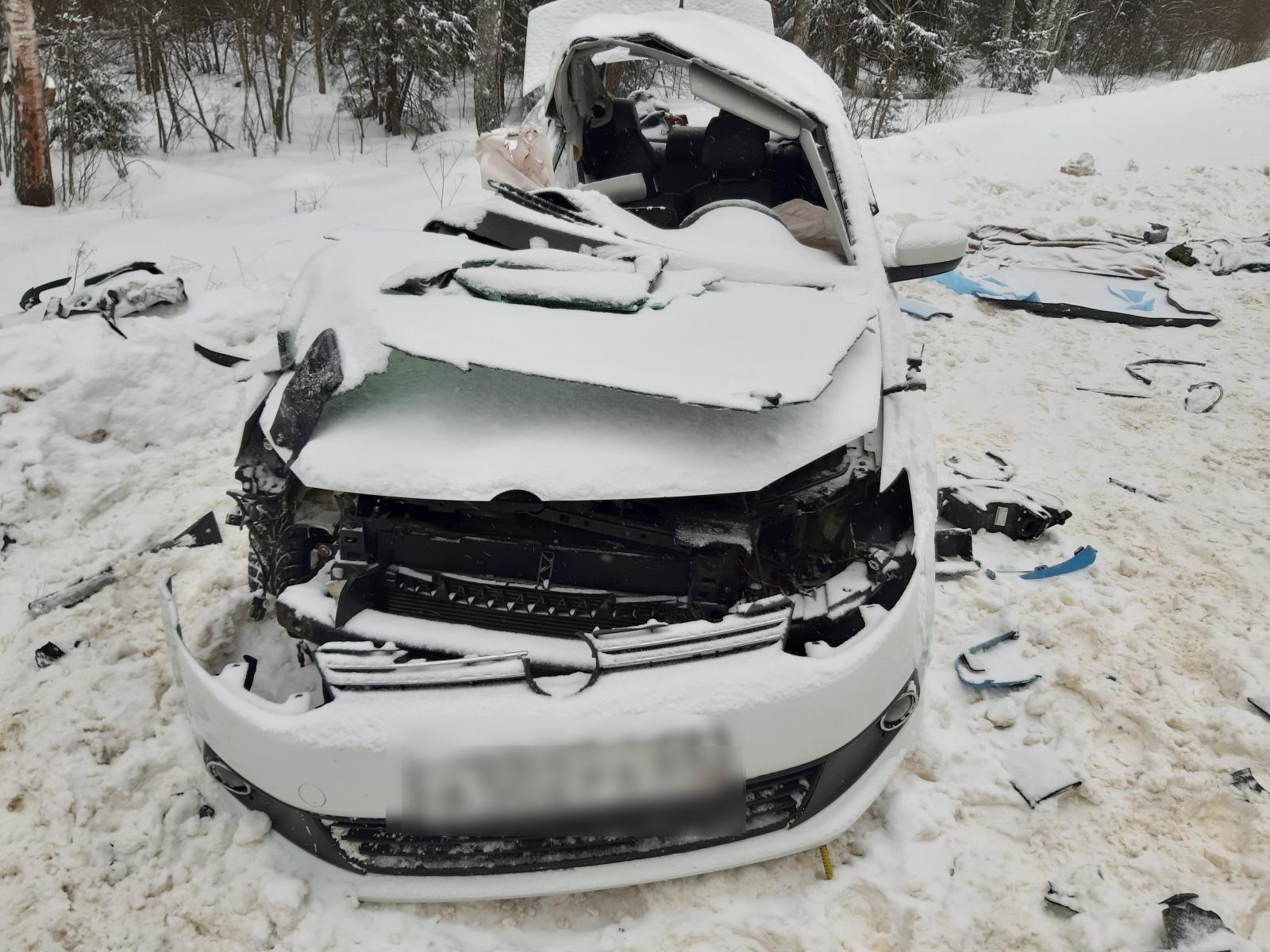 Появились подробности и фото страшного ДТП в Тверской области