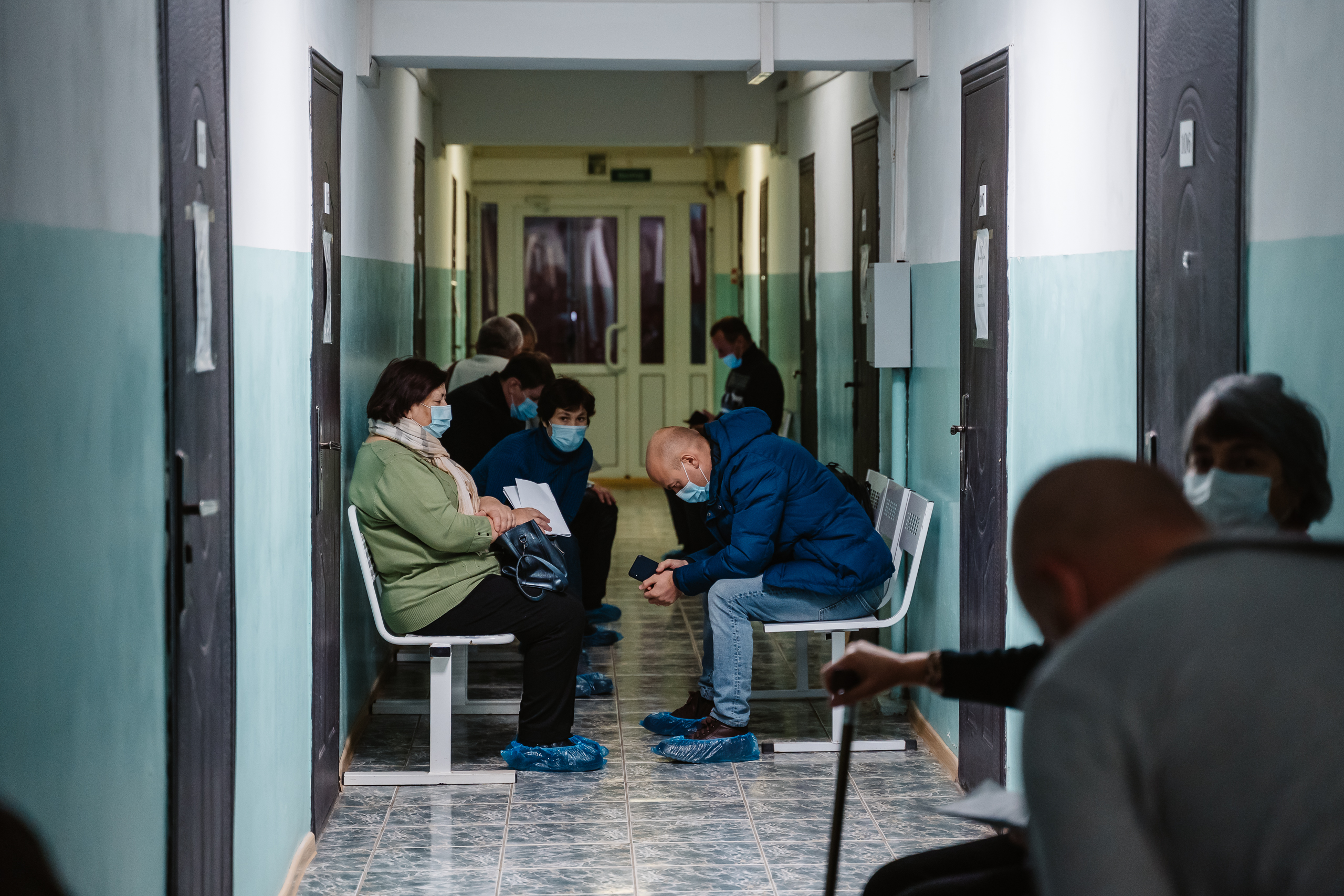 Стала известна возможная дата отмены масочного режима в Тверской области