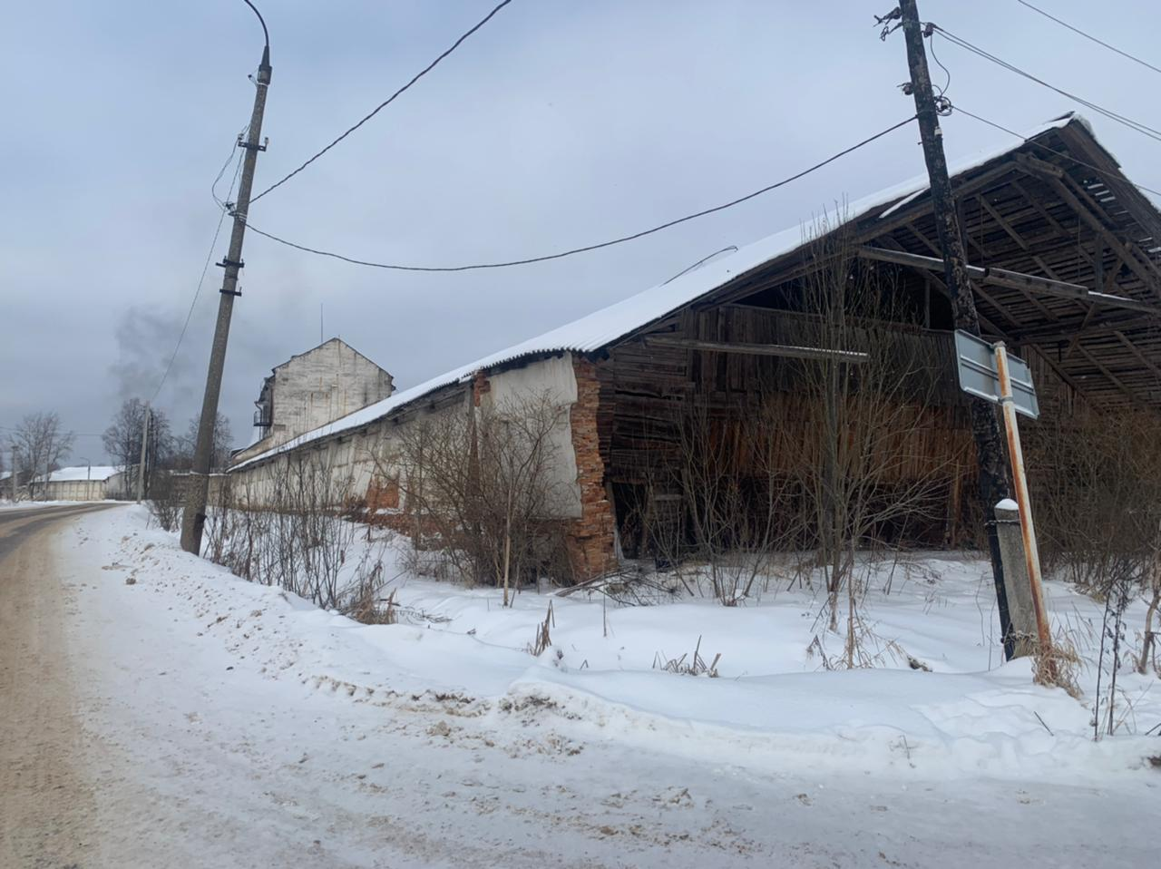 Парням из Тверской области грозит колония за любовь к комбикорму и деньгам