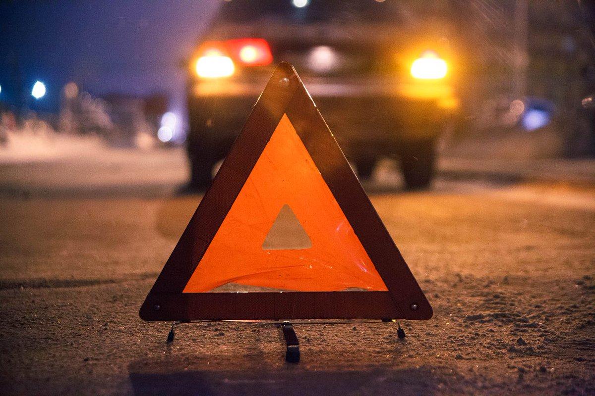 В Твери столкнулись две иномарки, пострадал 27-летний пассажир