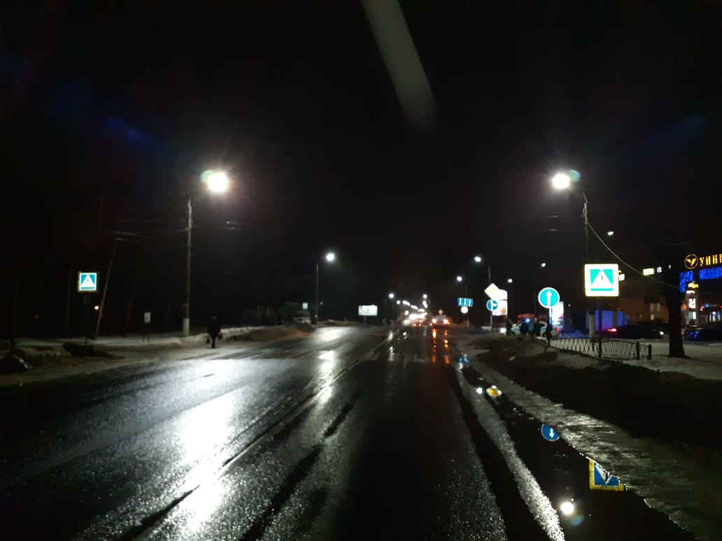 "15-летний подросток попал под колёса ""Ларгуса"" на зебре в Твери"