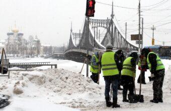 Дорожные службы Твери готовятся к потеплению и ледяному дождю