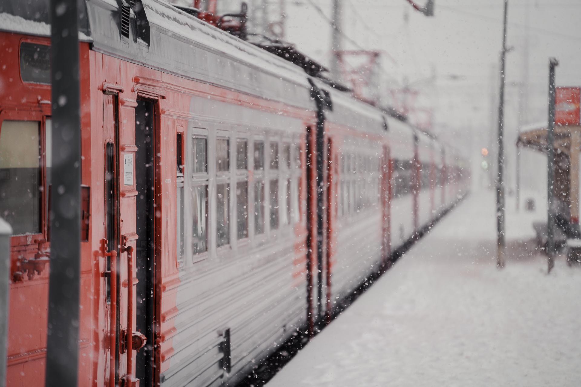 Утром 26 февраля опаздывают электрички на участке Тверь - Москва