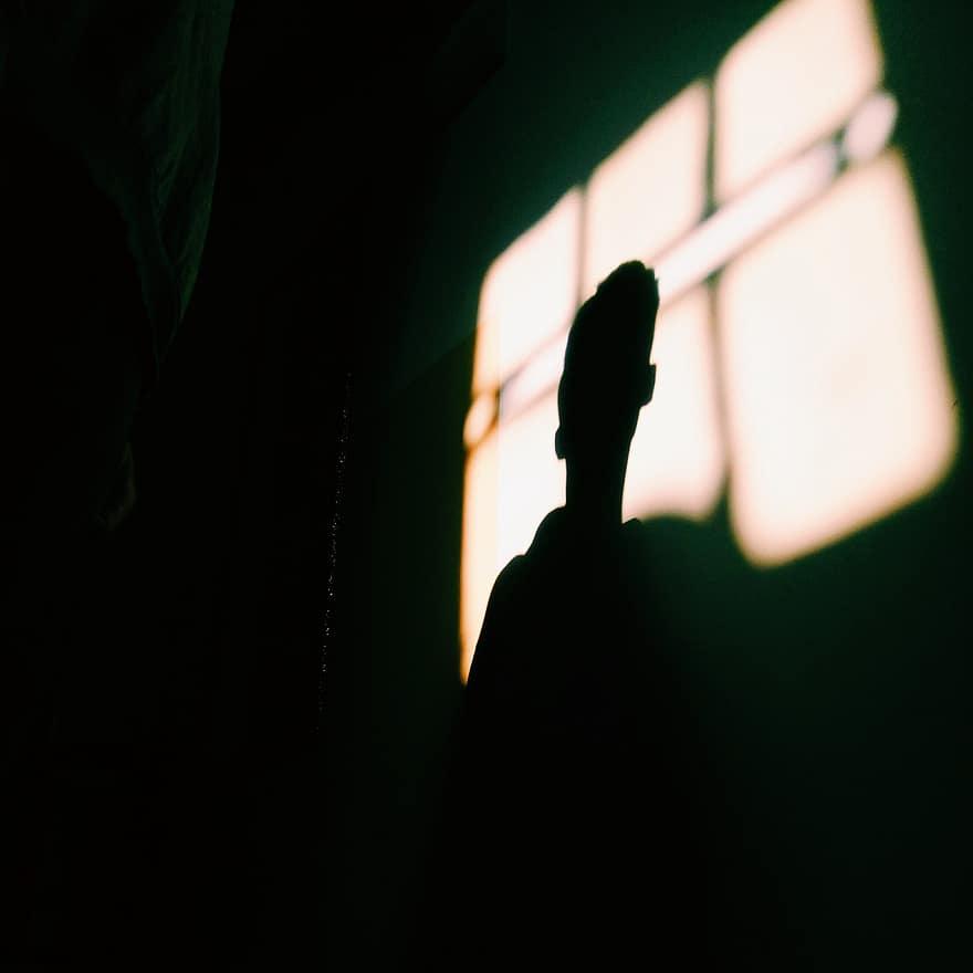 В Заволжском районе Твери люди до сих пор сидят без света