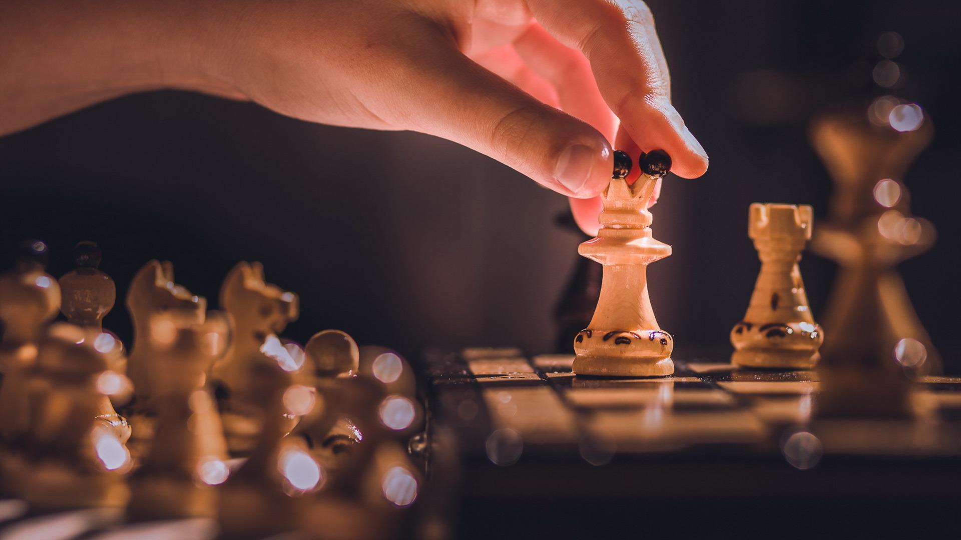 В Тверь съезжаются чемпионы мира, Европы и России по шахматам