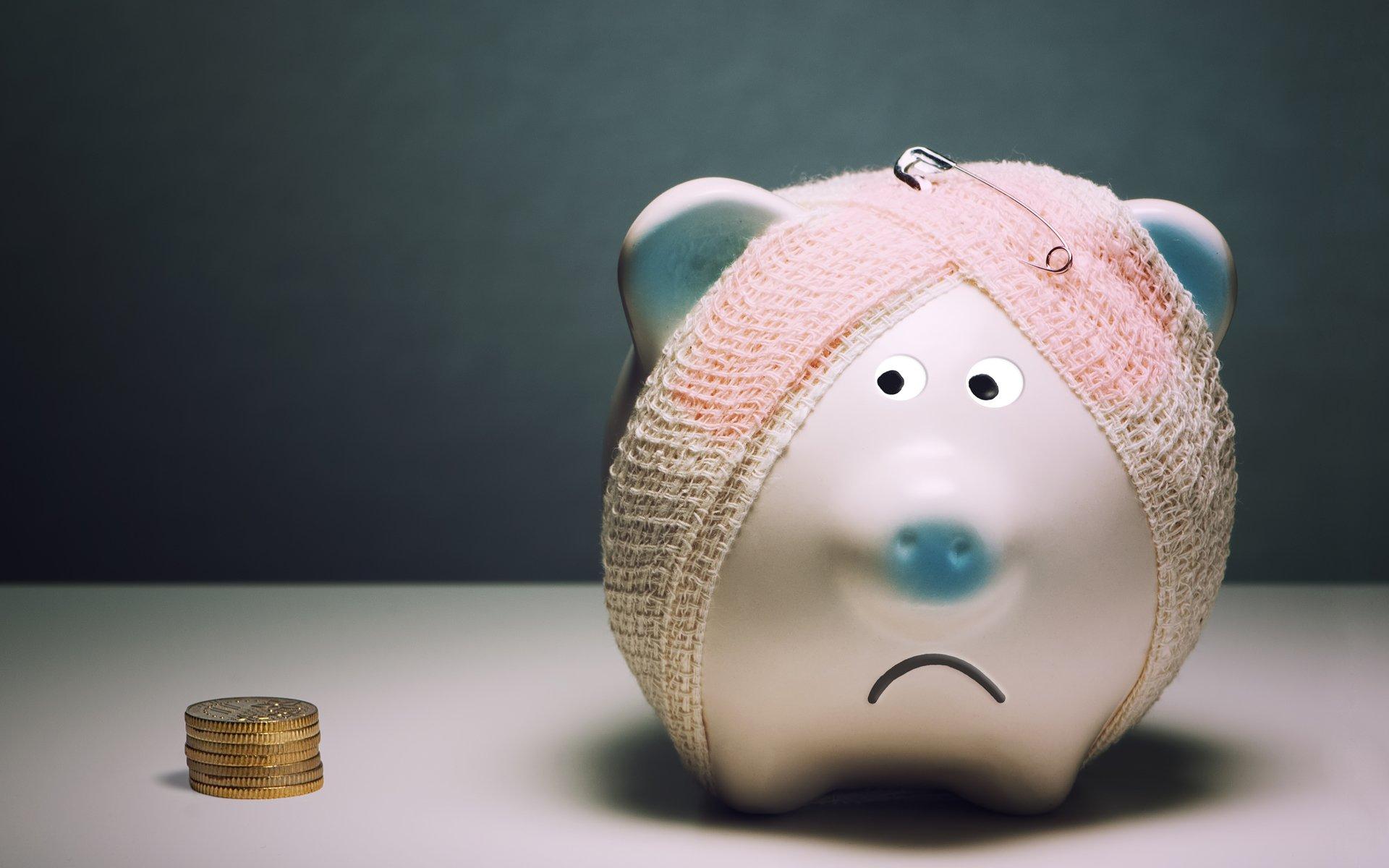 Эксперт рассказал, сколько денег нужно отложить тверитянам на чёрный день