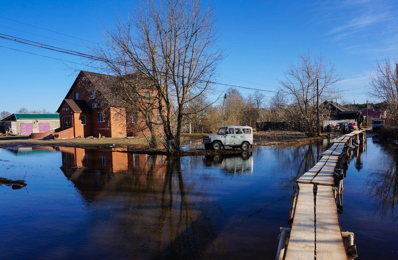 Дорожники Тверской области начали подготовку к весеннему паводку