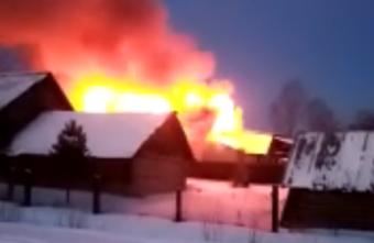 Утром в Тверской области сгорело придорожное кафе
