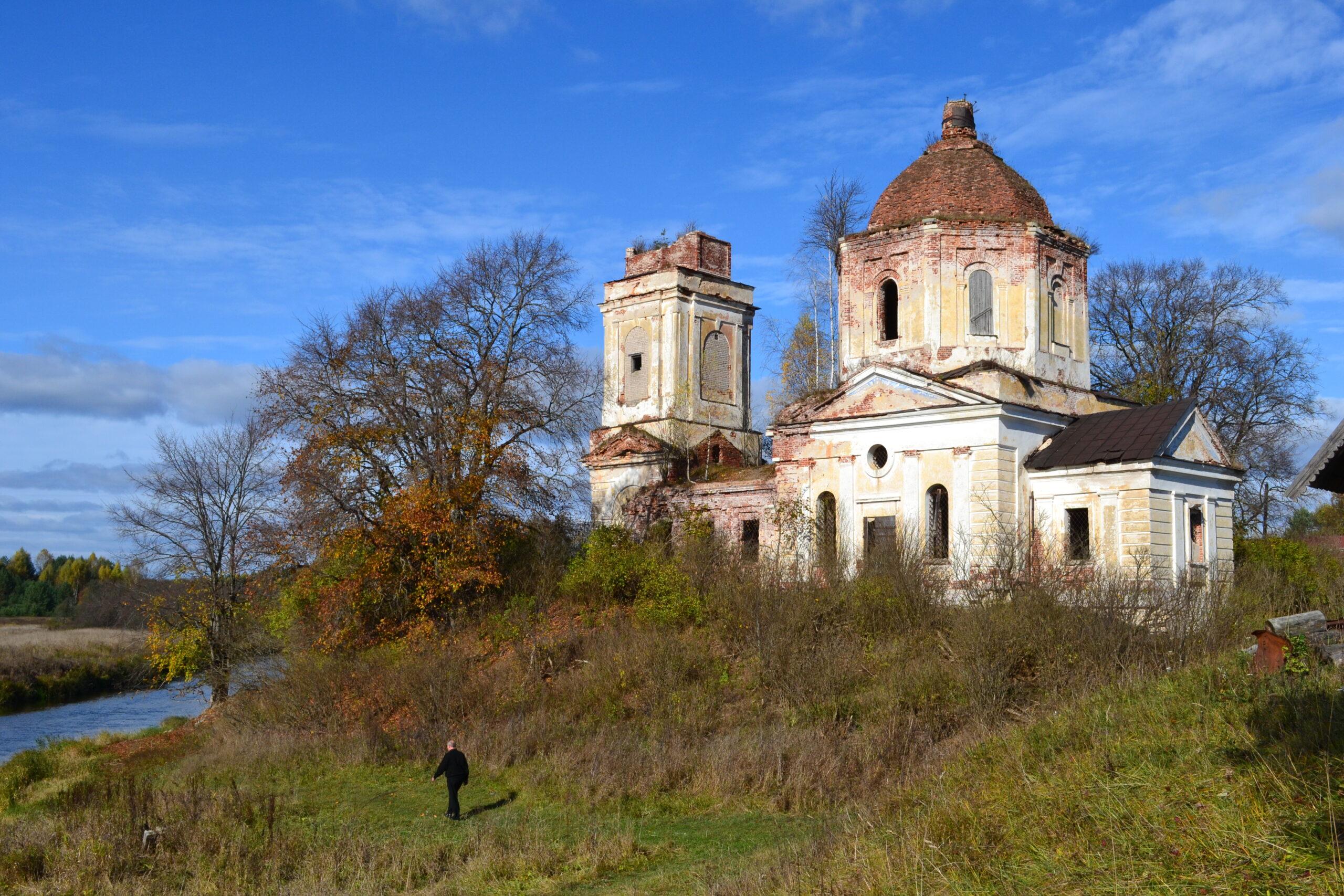 Тверской митрополит Амвросий: к чему новые церкви, если старые в руинах